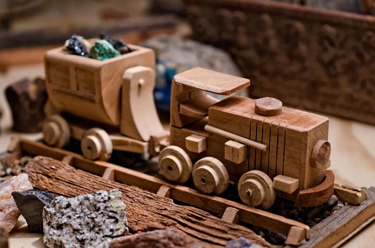 Juguetes de madera mineros miguel de los andes - Jugueteros de madera ...