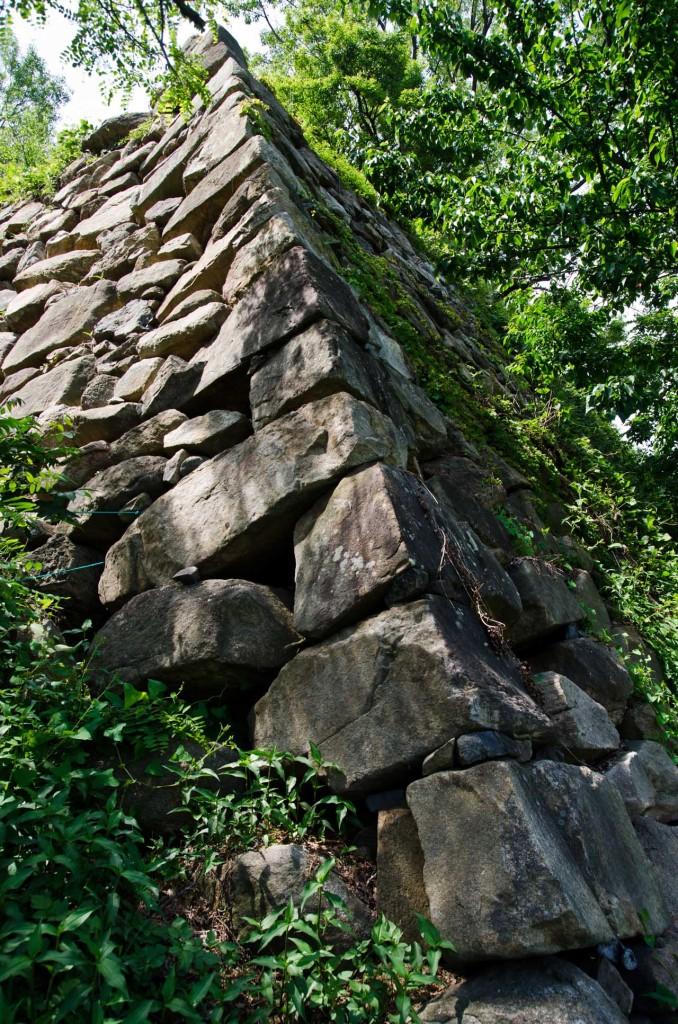 wall-east-corner-DSC_5021