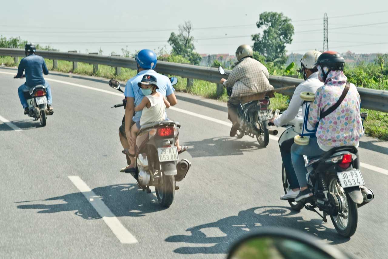 motos-helmets-vietnam-DSC_3124