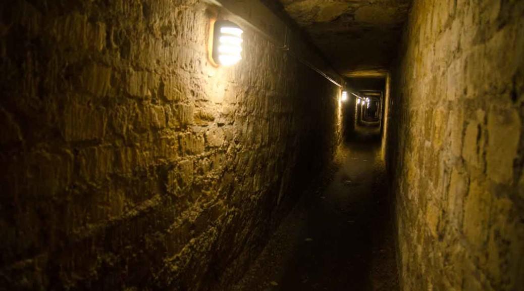 0924-paris-catacombs-DSC_2611